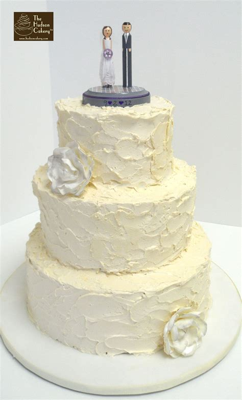 Mod Buttercream Wedding Cake {Weddings}   The Hudson Cakery