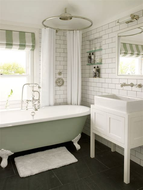 Modern Bathroom With Clawfoot Tub by 15 Freestanding Tubs With Showers
