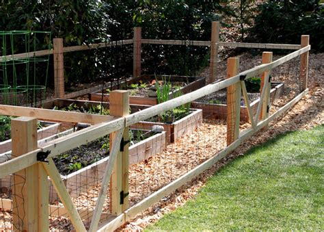 Easy Garden Fence Ideas Tilly S Nest A Simple Garden Fence