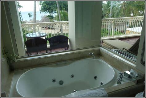 hotel mit badewanne hotel mit badewanne auf balkon page beste