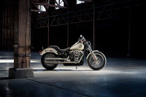 Cool Garage Pictures 2018 harley davidson low rider review totalmotorcycle