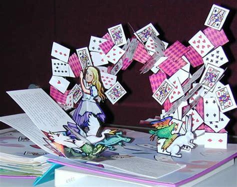 libro playing with pop ups the libri pop up con animazioni 3d tristi ma bellissimi tom s hardware