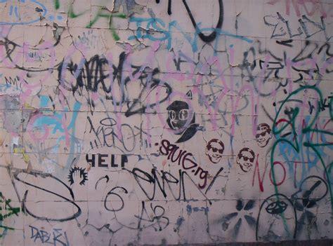 bathroom wall graffiti graffiti on walls google search arts crafts images