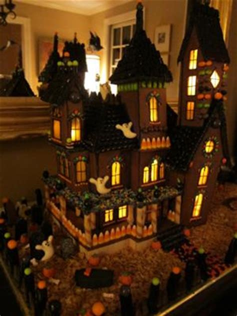 gingerbread haunted house template haunted gingerbread mansion 2011
