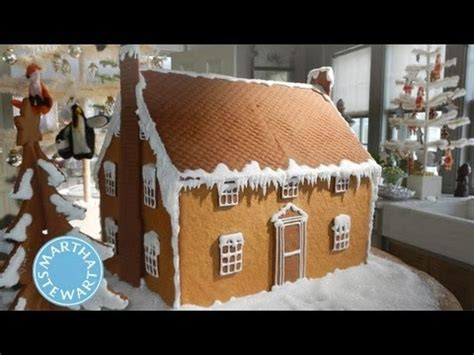 graham cracker house ideas graham cracker christmas cottages holiday d 233 cor martha