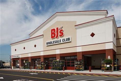 bj s wholesale baltimore fishbowl bj s wholesale club opens in canton