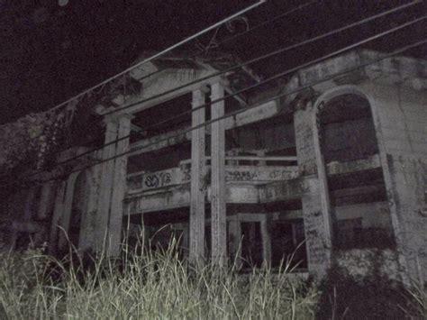 membuat rumah hantu rumah hantu darmo dan misteri di dalamnya