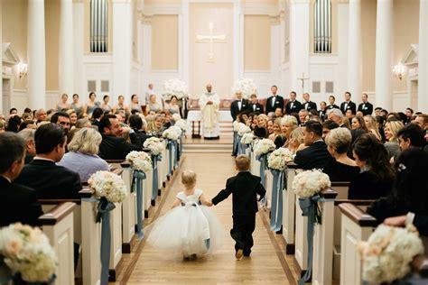 Wedding Ceremony Ideas: 13 Décor Ideas for a Church