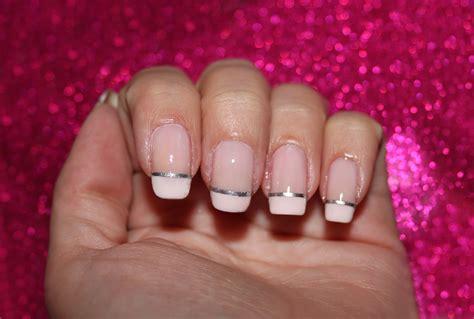 imagenes de uñas en blanco y plata las cositas de jessika manicura francesa con tiras de plata