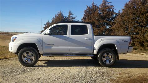 Leveling Kit For Toyota Tacoma Toyota Tacoma With Leveling Kit Autos Post