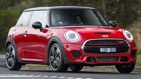 Mini 1 Auto by Mini Cooper Works Hatch 2016 Review Carsguide
