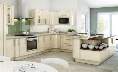 J Kitchen by The Quot J Quot Shape Kitchen
