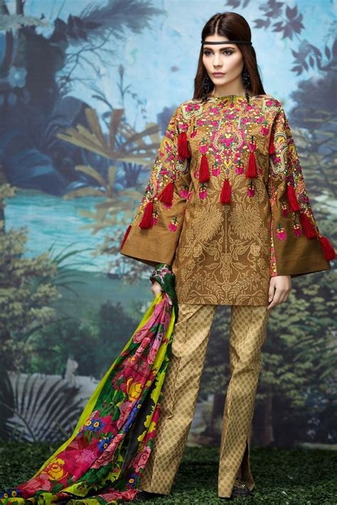 Sana Safinaz Best Summer Lawn Dresses Latest Collection 2017 2018