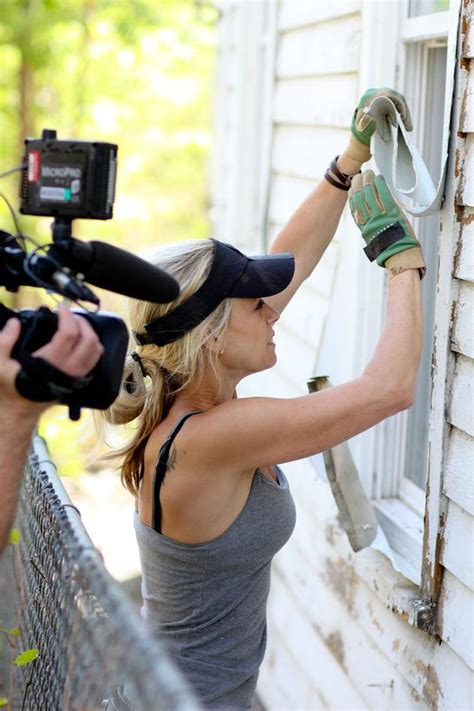 diy network nicole curtis of rehab addict shows off her lovely body