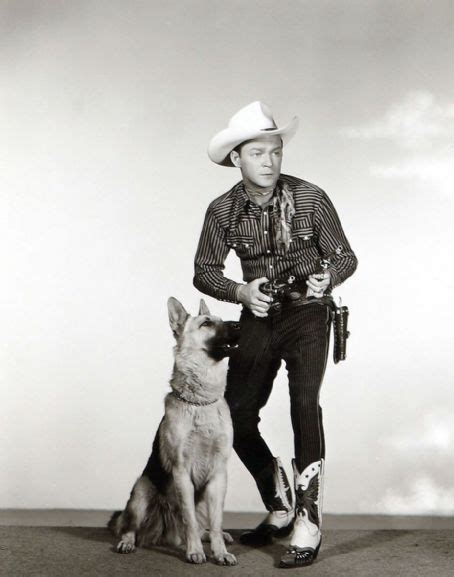 1000 images about roy rogers dale trigger bullit pat gabby on saturday roy rogers and his bullet i this picture only thing that could make it better