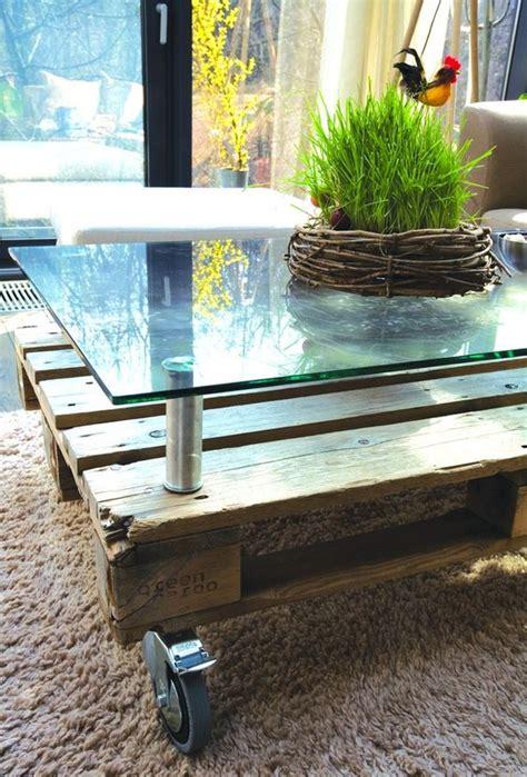 Agréable Table Basse En Verre Relevable #7: Table-basse-palette-plateau-verre-sureleve.jpg