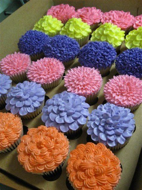 flower decorating tips spring cupcakes frosting ideas cupcakes pinterest