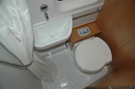 pop up cer with bathroom for sale pop up cers with bathrooms 28 images coleman pop up