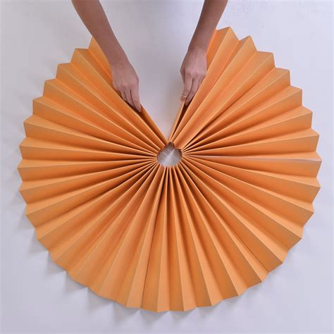 How To Make A Paper Fan Circle - paper fans