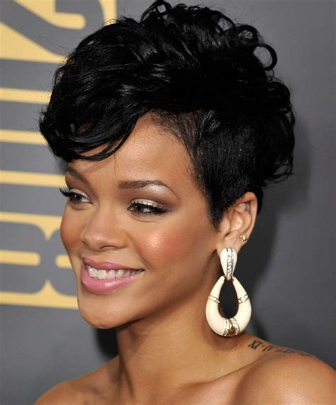 25 pictures of pixie haircuts rihanna short bob haircut 2016 25 best rihanna short hair styles fashion icon to follow