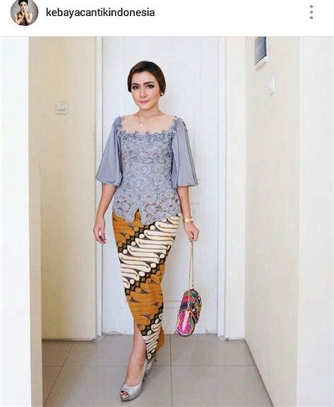 Dress Wanita Lace Brukat pin by arista aristaa on lace kebaya