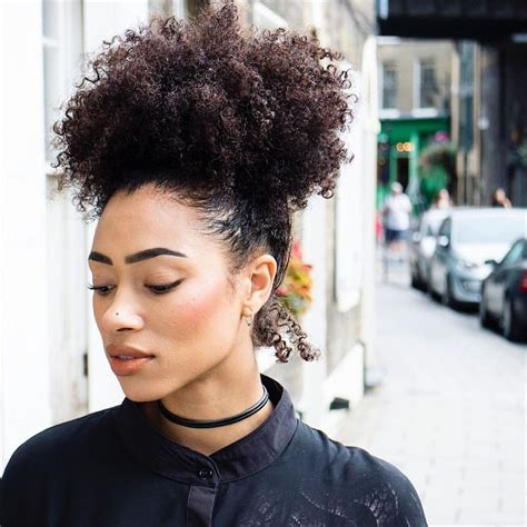 curly afro puff 25 best ideas about curly afro on pinterest afro kinky