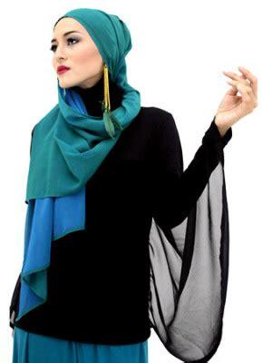 tampil gaya  berbagai macam aksesoris hijab conten