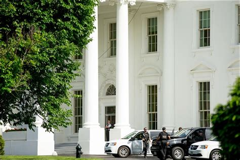 white house shooting suspect who opens fire on white house is shot toledo blade