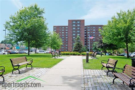 Maple Gardens Apartments Irvington Nj by Maple Gardens Irvington Nj Walk Score