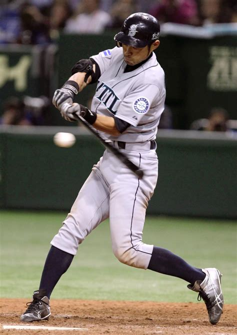 Mariners Win Mlb Opener 3 1 Over A S In Tokyo Ny Daily
