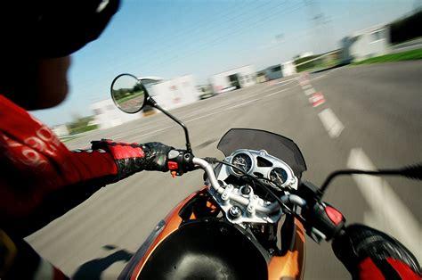 Fahrsicherheitstraining Motorrad 125 by Motorrad Moped Arb 214 Fahrsicherheitszentrum