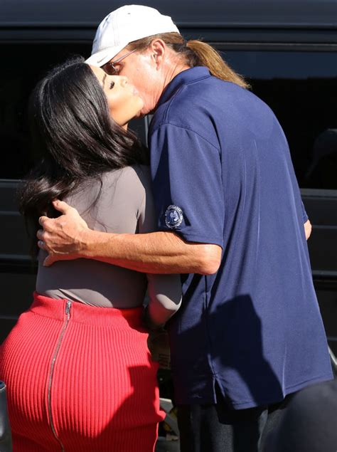 info on bruce jenner transitioning find out how the kardashian and jenner family reacted when