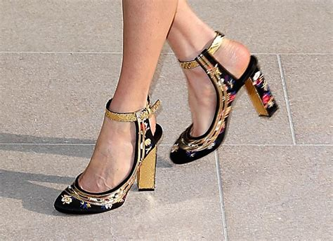 Shoe Crimes Connelly On The Carpet carpets candids connelly shoe lainey