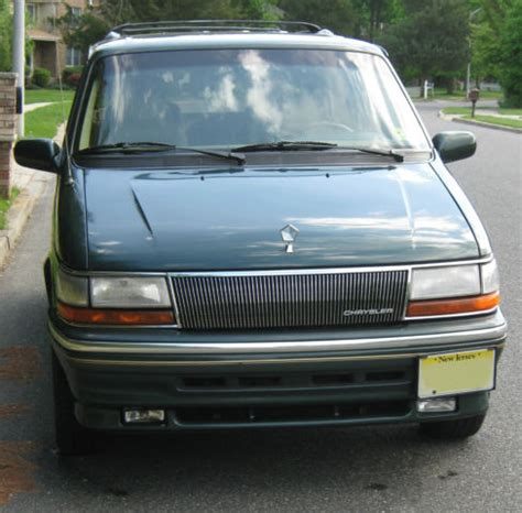 Chrysler Town And Country Mini by 1993 Chrysler Town And Country Mini 96 205