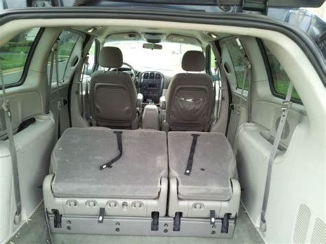 stow and go seating vehicles find used caravan 2007 stow n go seating 7 seats
