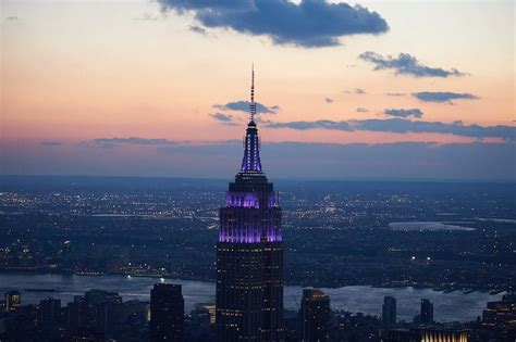 empire state lights today empire state building lights purple for 2015