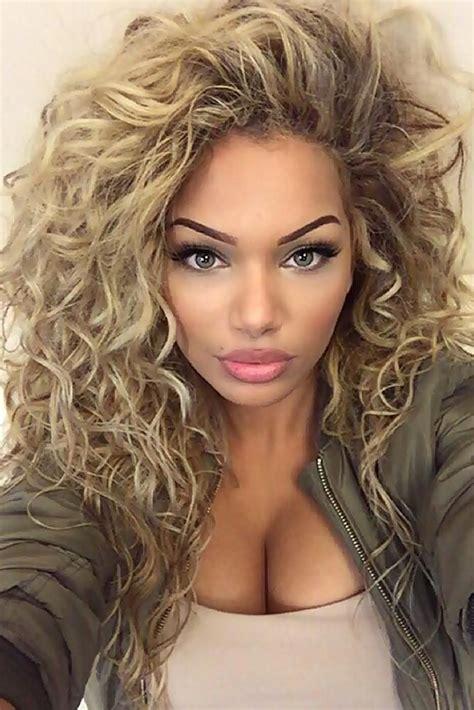 Best Hairstyles For Curly Hair And by Hair Styles For Curly Hair Best 25 Curly Hairstyles