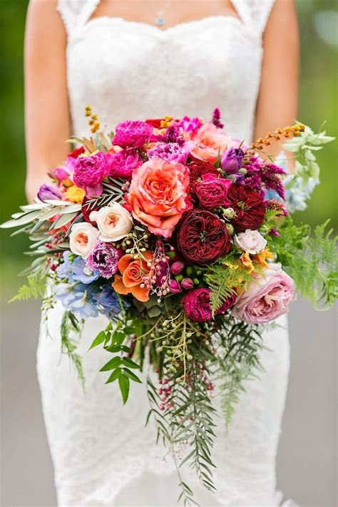 wedding bouquet of flowers 25 swoon worthy summer wedding bouquets tulle