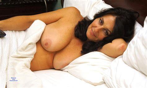 Amazing Brunette Milf Posing On Bed February 2020