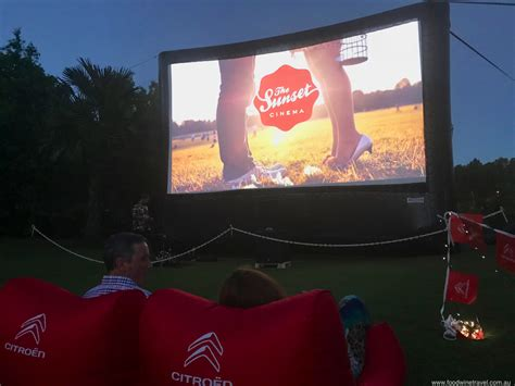 Sunset Cinema Botanic Gardens Sunset Cinema In Mount Coot Tha Botanic Gardens Food Wine Travel