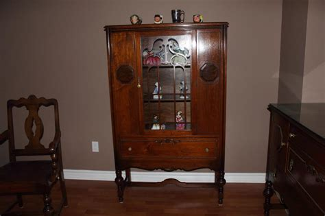 Luxe Dining Room Complete China Cabinet 1920 30 S Complete Dining Room Set W Hutch And China