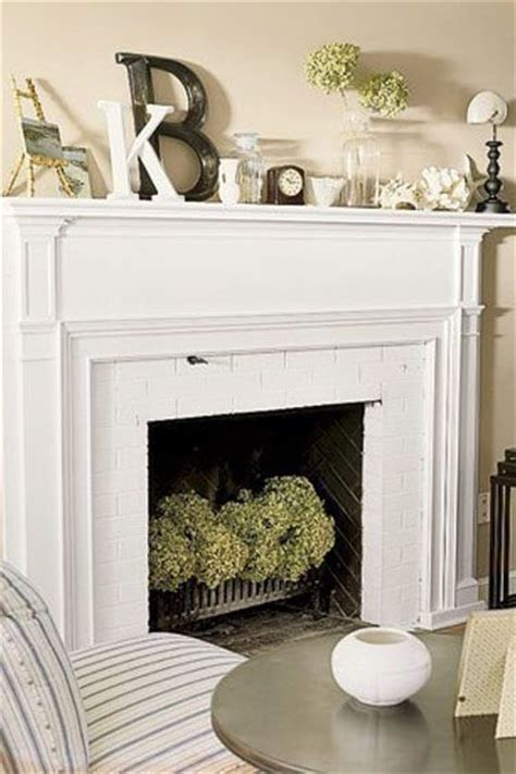 Bedroom Fireplace Mantel Decor 25 Best Ideas About Faux Fireplace On