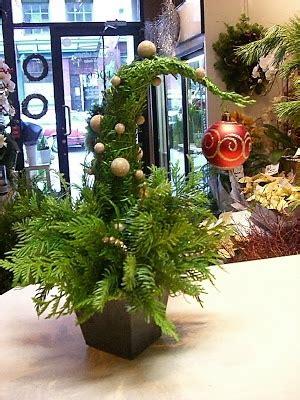 grinch christmas tree christmas pinterest