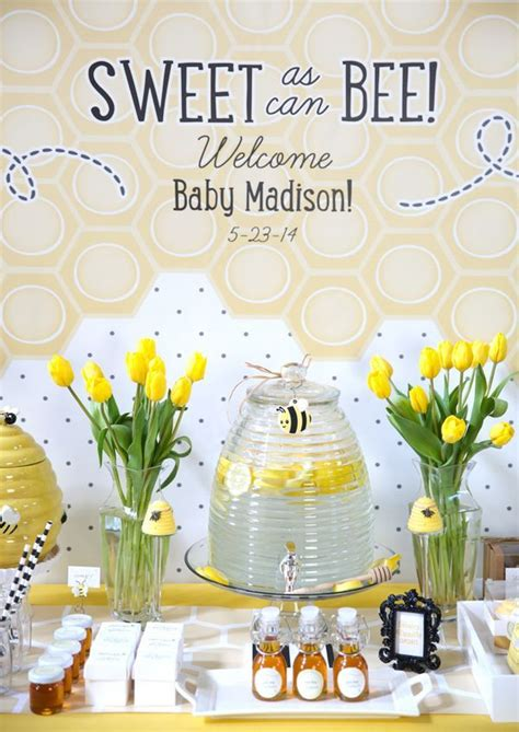 Neutral Baby Showers by Best 25 Gender Neutral Baby Shower Ideas On