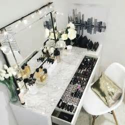 Makeup Vanity Table Sydney 17 Best Ideas About Makeup Rooms On Makeup