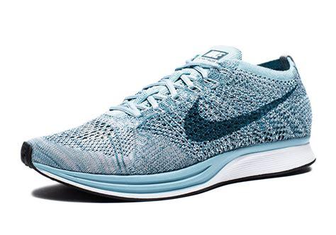 Sepatu Nike Flyknit Racer 05 nike flyknit racer legion blue 526628 102 sneakernews