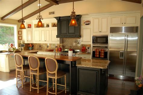 cape cod style furniture cape cod style furniture cape cod cottage style kitchen cabinets barn door style