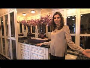 heather dubrow house tour watch heather s crib the real housewives of orange