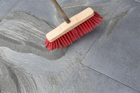 Terrassenplatten Verfugen Mit Quarzsand by Terrassenplatten Verlegen Tipps Tricks Zum Richtig Verlegen