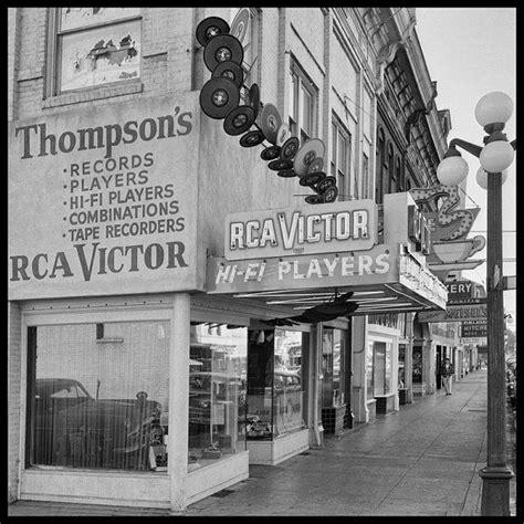 Eugene Oregon Records Eugene Oregon 1950s Phonograph And Record Store Original Vintage 10x10
